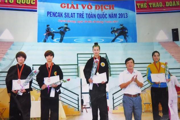 Cô gái tuổi đôi mươi trở thành niềm tự hào làng võ Hà Tĩnh