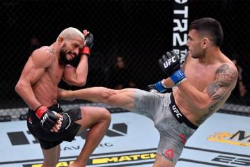 'Chiến thần' Deiveson Figueiredo bảo vệ đai với cú siết chớp nhoáng tại UFC 255