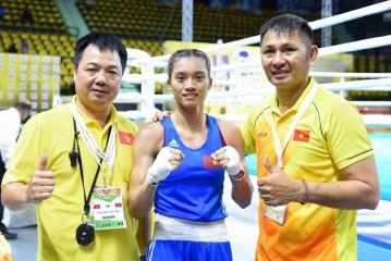 Boxing nữ Hà Nội cùng bài học đi tắt đón dầu trong đào tạo trẻ